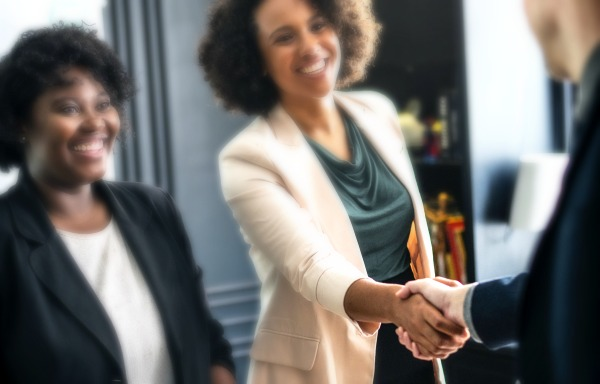 10 Conference Networking Tips To Help You Get Freelance Jobs